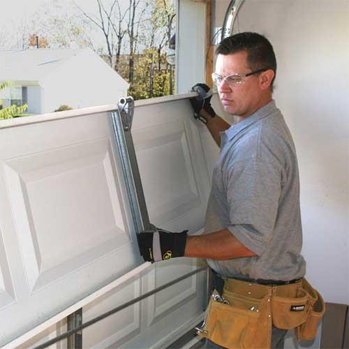 Garage-Door-Panel-Repair